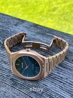 D1 Milano Rose Gold Tone Diver Homage Watch 39mm Green Dial Ultra-Thin MINT