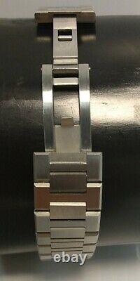 D1 Milano Ultra Thin Watch 40mm Blue & Silver metal bracelet