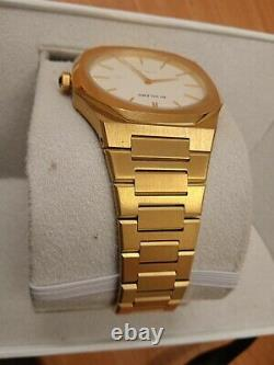 NEW WITH TAGS D1 MILANO GOLD & WHITE WITH Beautiful BOX