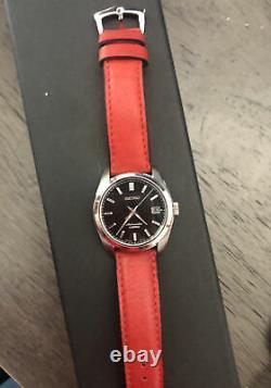 Seiko Men's Black Watch SARB033 + Italian Red Milano watch strap 20mm No Box