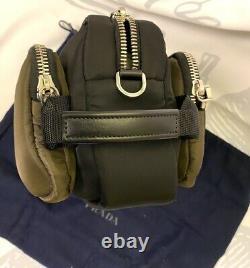 Prada Milano Tissu Technique Nylon Green Cosmetic Bag Dopp Kit 2vf029